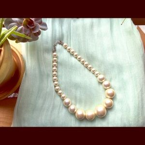 ⚡️SALE 2/$22⚡️Mexx pearl necklace